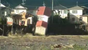 Der Taifun Hagibis hat in Japan grosse Zerstörung angerichtet. Mindestens 19 Menschen starben. Zahlreiche Flüsse traten über die Ufer und Dämme brachen.