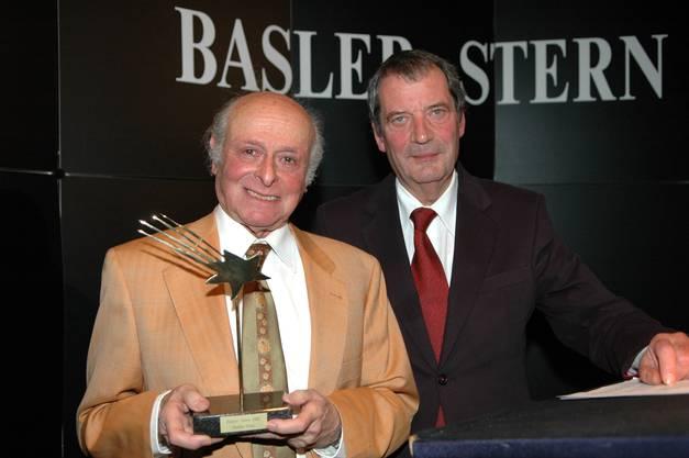 Basler Stern-Verleihung an Buddy Elias (links) im Jahr 2007, rechts ist Hans-Peter Platz.