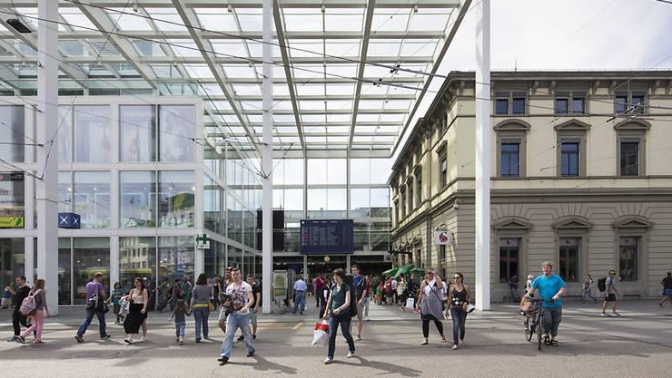"""Winterthur ist zum elften Mal """"sicherste Grossstadt der Schweiz"""". Im Bild das Stadttor beim Bahnhof. (Archivbild)"""
