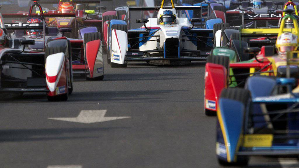 Noch steht nicht fest, ob das Formel E-Rennen am 10. Juni 2018 in Zürich stattfindet. Im Rennkalender wurde das Rennen aufgeführt, doch die Bewilligung der Behörden steht noch aus. (Archivbild)