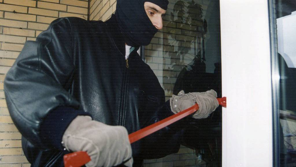 Ein Einbrecher hatte auf seiner Tour am Freitagabend in Zürich wenig Erfolg.