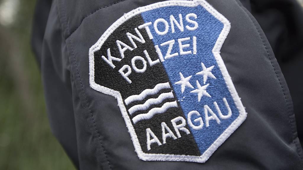 Die Kantonspolizei Aargau und die Staatsanwaltschaft leiteten Ermittlungen zu den zwei toten Personen in Frick AG ein. Vieles ist noch unklar. (Symbolbild)