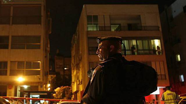 Israelischer Soldat vor der türkischen Botschaft