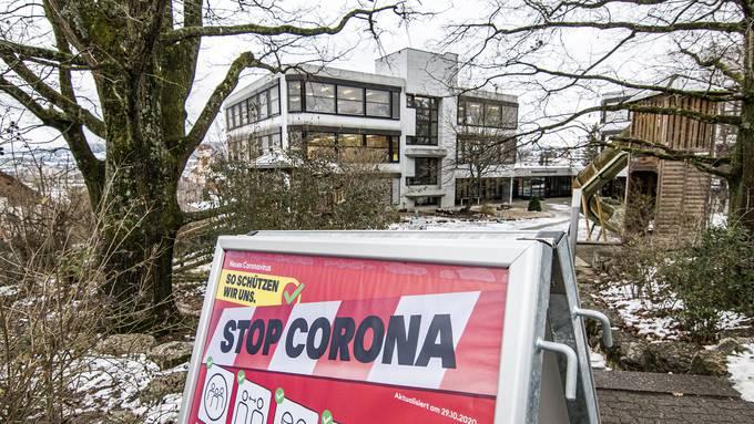 Das Schulhaus Thomasgarten muss wegen Corona schliessen.