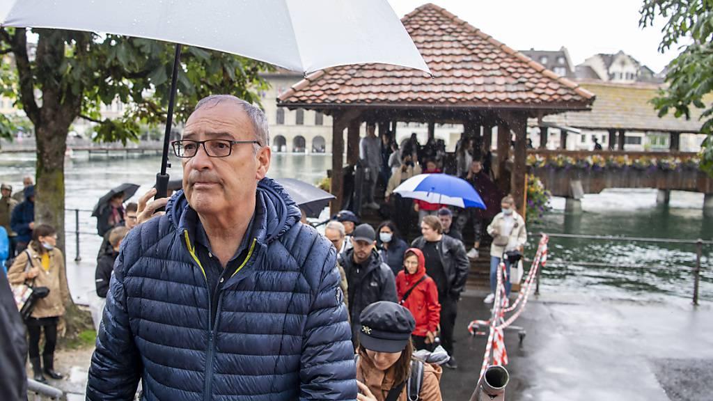 Bundespräsident Parmelin besucht Luzerner Hochwasser-Einsatzkräfte