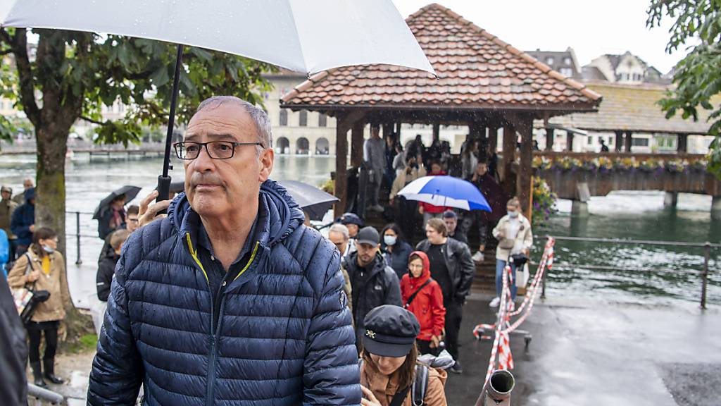 Prekäre Lage: Bundespräsident Guy Parmelin am Donnerstag in Luzern.