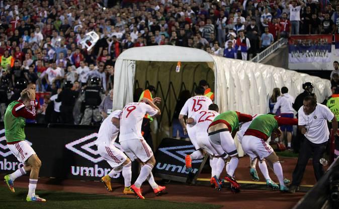 Ausschreitungen an Fussballspiel zwischen Serbien und Albanien