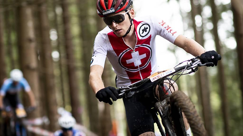 Der Aargauer Nachwuchsfahrer Joel Roth feiert an der Heim-EM seinen bislang grössten Erfolg