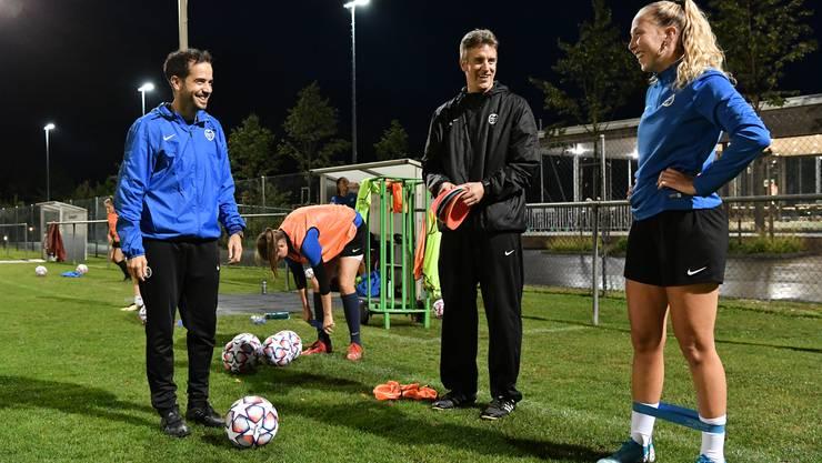 Gute Stimmung vor dem Cupmatch bei den Trainern Philippe Loretan (l.) und Thomas Müller.