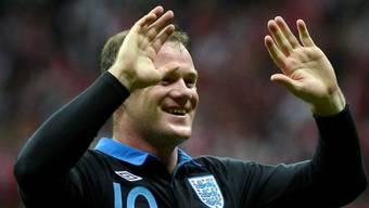 Wayne Rooney freut sich nach seinem Kopfballtor zum 1:0 für England.