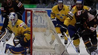 Kein Durchkommen für Gogulla (rechts) - Schweden sicherte sich WM-Bronze
