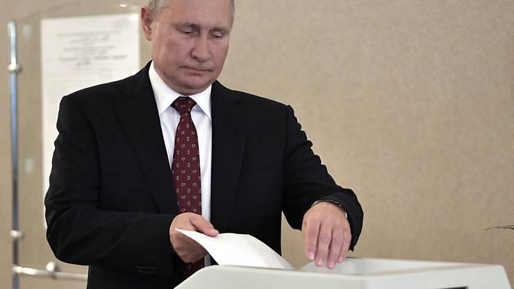 Die Partei Geeintes Russland hat im umkämpften Moskauer Stadtrat 25 der 45 Sitze geholt. Präsident Wladimir Putin hatte sich mehr erhofft.