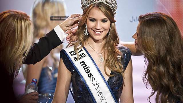 Im Mittelpunkt: die schönste Schweizerin 2010, Kerstin Cook