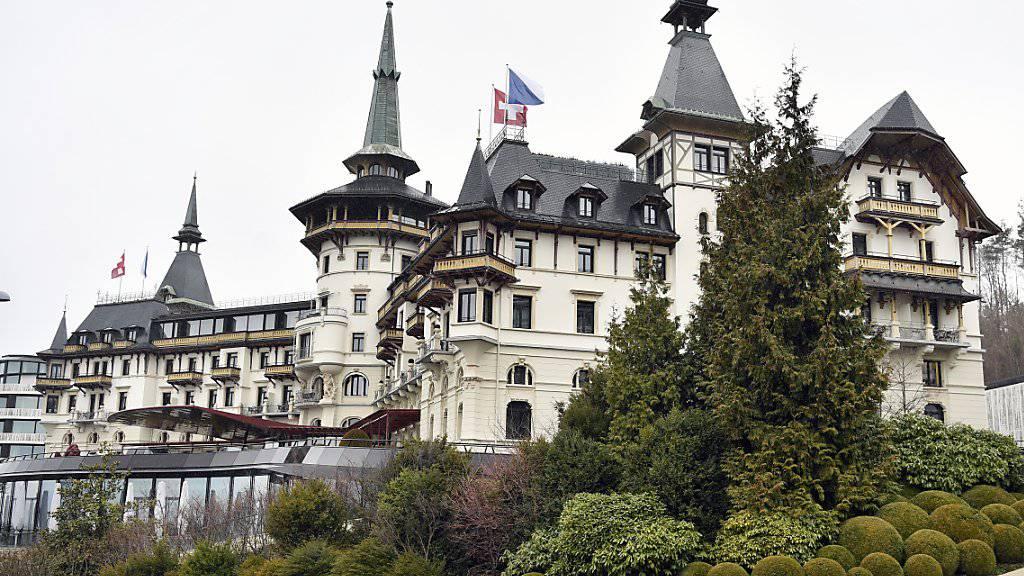 """Die 41 Nobelherbergen der Vereinigung Swiss Deluxe Hotels, zu denen auch das Zürcher """"Dolder Grand"""" gehört, haben nach zwei Jahren Krebsgang im Jahr 2016 wieder einen Aufschwung erlebt."""