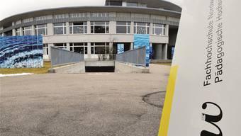 Im Rahmen eines Pilotprojekts der Pädagogischen Hochschule Nordwestschweiz spannen Hochschule und Praxisschule bei der Ausbildung von Lehrpersonen eng zusamnnen.