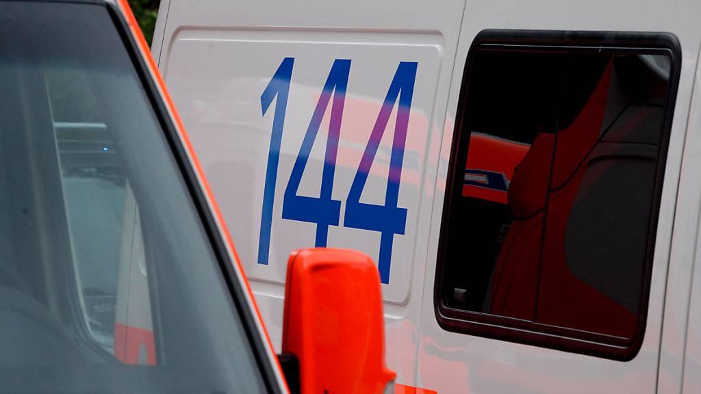 Auf der A2 ist es am Dienstag bei Lamone zu einem schweren Unfall gekommen.