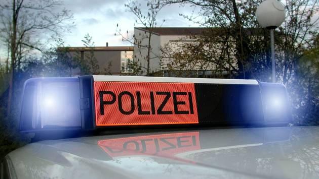 Die Kantonspolizei entzog beiden Autofahrern sofort den Führerausweis.