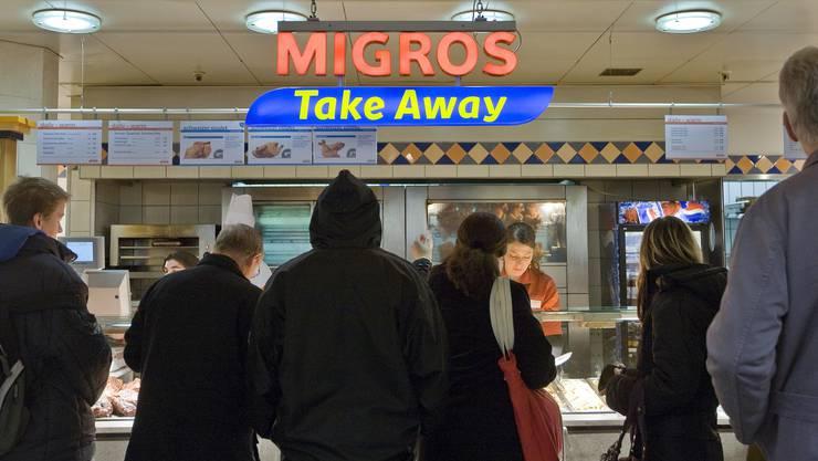 Eigene Restaurants, Take aways, Pizzerias und Kantinen: Die Migros ist der grösste Gastronom der Schweiz.