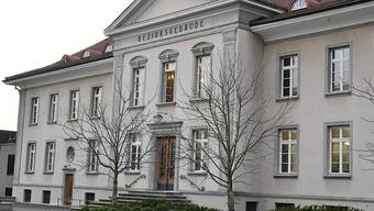 Eine 30-jährige Frau musste sich vor dem Bezirksgericht Bülach verantworten. Ihr wird vorgeworfen, ihren vierjährigen Sohn getötet zu haben. (Symbolbild)
