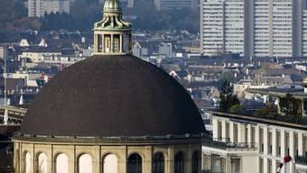Blick auf Zürich mit der ETH-Kuppel (Symbolbild)