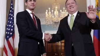 Die USA stützen in ihrer Politik gegenüber Venezuela Oppositionsführer Juan Guaido (links). Der US-Aussenminister Mike Pompeo legt Venezuela eine Übergangsregierung nahe. (Archivbild)