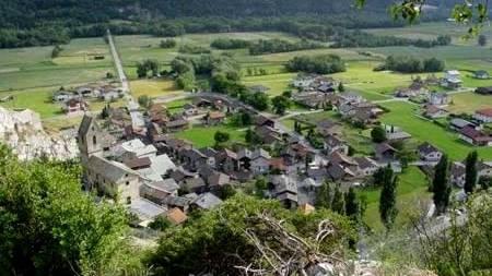 Der mit 150'000 Franken höchste Betrag geht an die Gemeinde Niedergesteln im Kanton Wallis für den Hochwasserschutz.