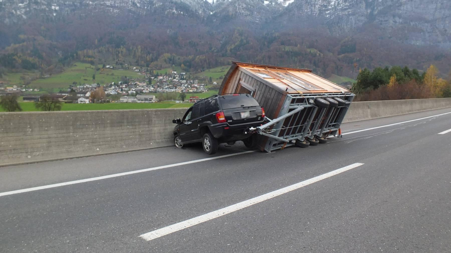 Beim Unfall in Walenstadt verletzte sich niemand.