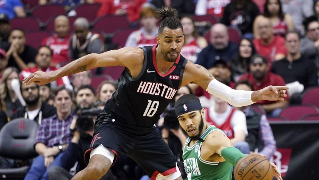 Gegen den NBA-Rekordchampion Boston Celtics sind die Definsivkünste des Waadtländers Thabo Sefolosha (stehend) gefragt