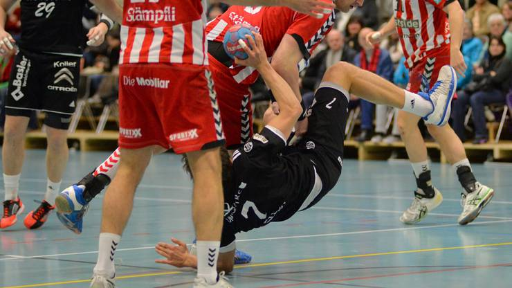 Die Bruchlandung der Aargauer Nummer 7 Nicolas Suter ist ein Sinnbild für den Auftritt im Cup.