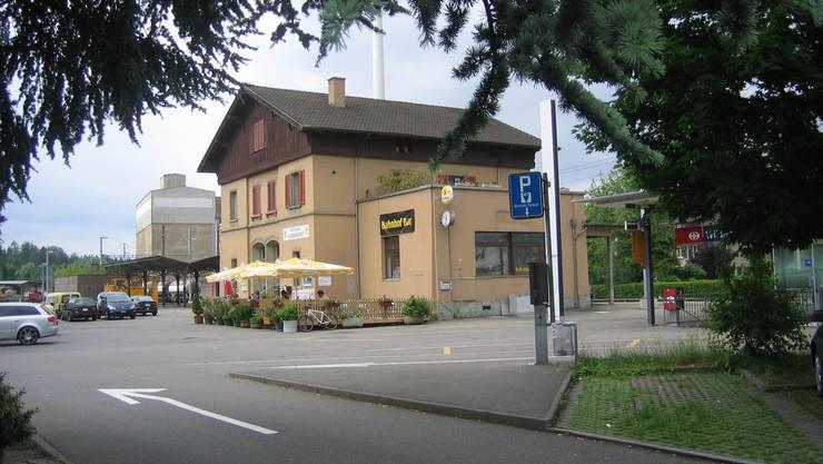Das Bahnhofgebiet in Wildegg soll für Zug- und Buspassagiere, Kioskkunden und Restaurantbesucher sicherer werden. (do)