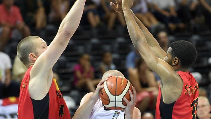 Die Schweizer Basketballer finden gegen Belgien kein Durchkommen