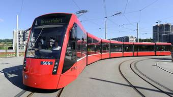 Und wieder ein Auftrag für Stadler Rail: Bernmobil braucht bis zu 50 neue Strassenbahnen. (Archivbild)