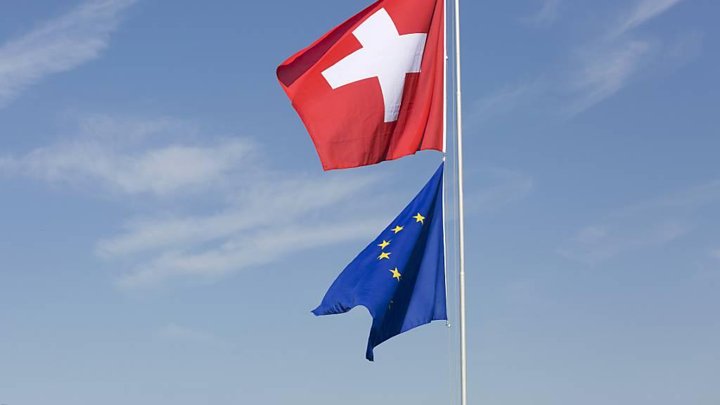 Schlechte Karten hat die EU derzeit bei Umfragen in der Schweiz.