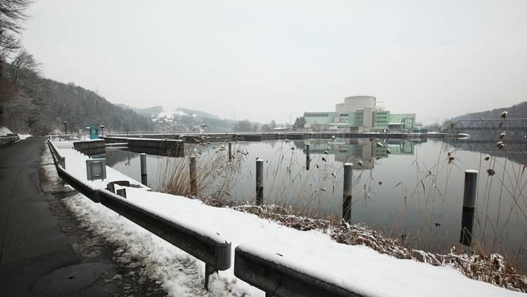 Eine der umstrittenen Fragen bei der Vernehmlassung zur kantonalen Energiepolitik: Wie lange soll das Atomkraftwerk Beznau noch laufen?