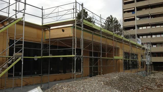 Das ist der Neubau des Doppelkindergartens Holder in der Rheinfelder Wohnsiedlung Augarten – nach den Sommerferien bezugsbereit. – Foto: chr