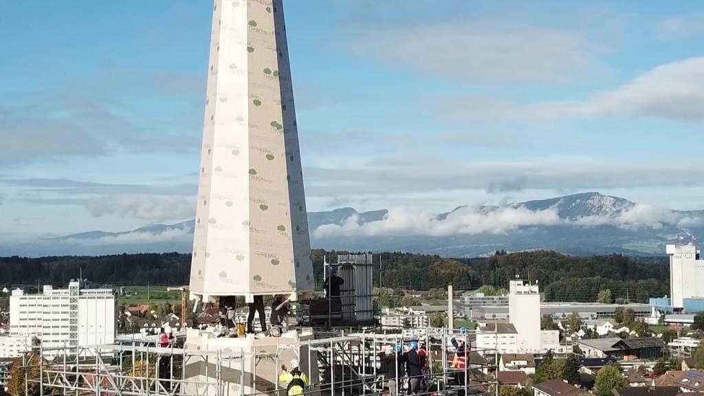 Kirche von Herzogenbuchsee erhält neuen Turmhelm