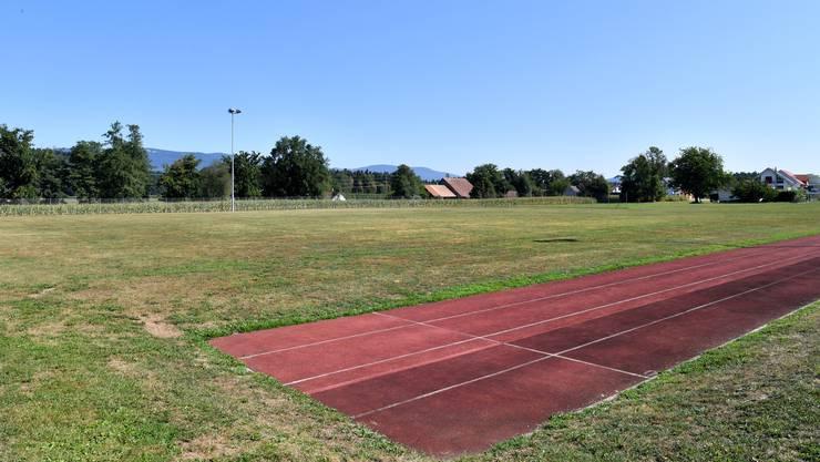 MZH mit Sportanlagen und Tartanbahn