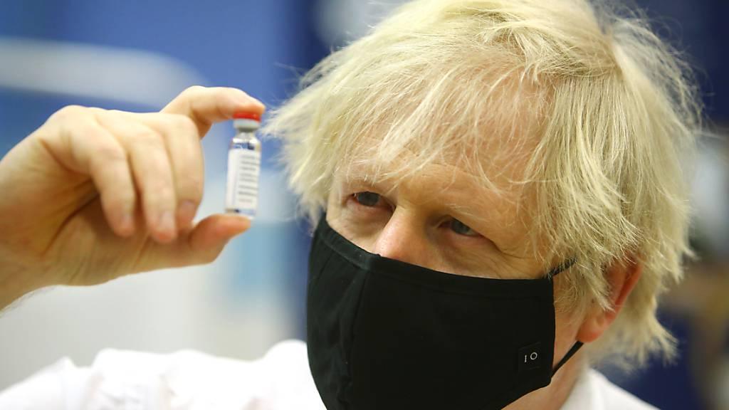 Briten wollen bis Ende Juli allen Erwachsenen Impfung anbieten
