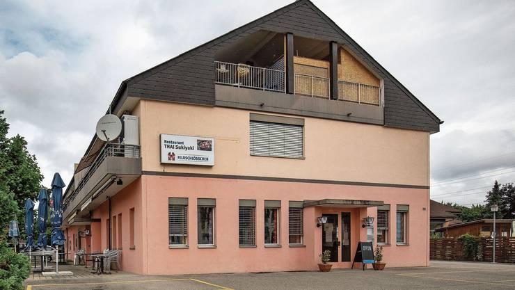 Zu verkaufen: Wohn- und Bürogebäude mit Restaurant an der Josefstrasse in Däniken.