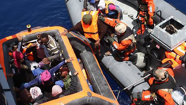 Allein im vergangenen Jahr kamen mehr als 180'000 Menschen über die zentrale Mittelmeerroute nach Europa. (Archivbild)