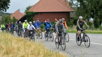 Unterwegs im Bucheggberg: Die Organisatoren des Slowup Bucheggberg fahren nach Balm bei Messen.
