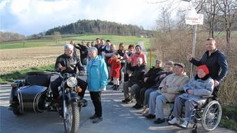 Am Samstag wird in Leuggern das Mitfahrbänkli-System vorgestellt. Auch ein Seitenwagen wird unterwegs sein.