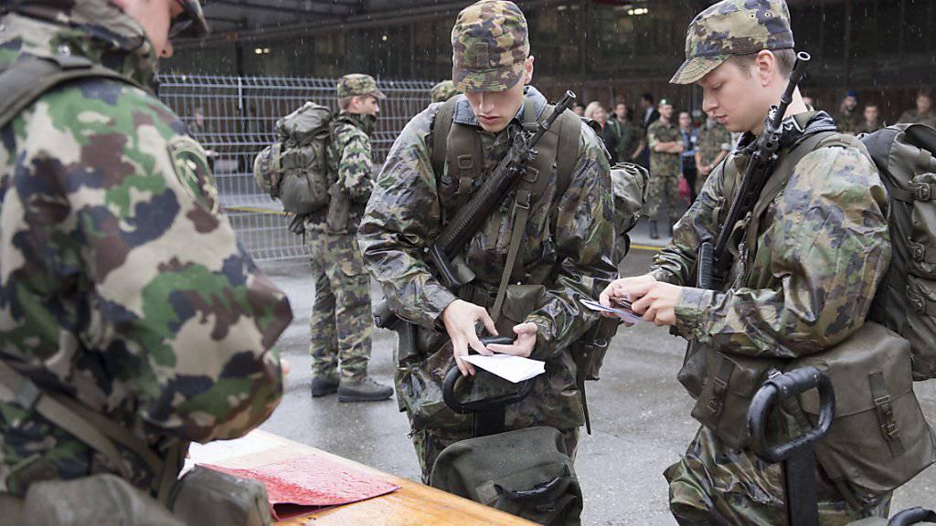 Am Informationstag der Schweizer Armee in Burgdorf konnten sich geladene Gäste etwa über die künftige Mobilmachung ein Bild machen.