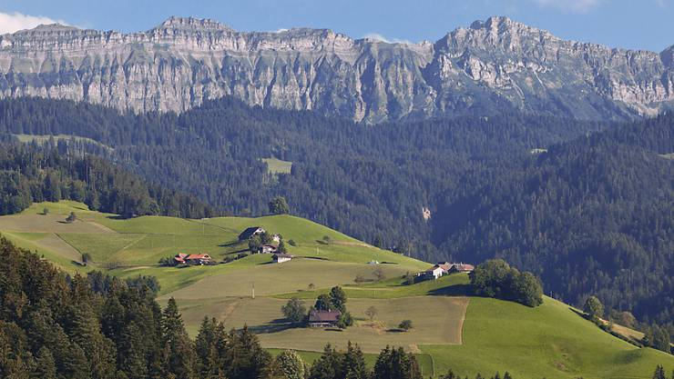 """Das """"Hohgant""""-Massiv aufgenommen aus Röthenbach im Kanton Bern. (Archivbild)"""