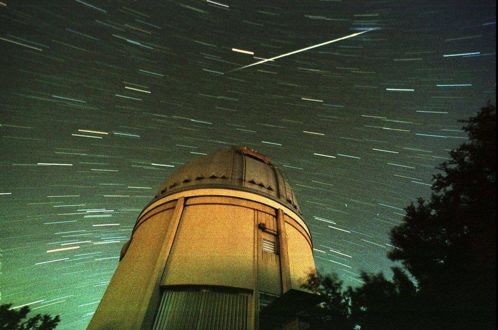 Ein Satellit oder eine Sternschnuppe in den USA (© Keystone/AP/Tribune Newspapers/Samantha Feldman)