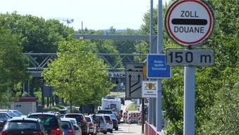 Deutsch-schweizerische Grenze: Die Zuwanderung aus der EU in die Schweiz nimmt seit vier Jahren ab.