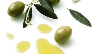 Faustregel: 10 Kilogramm Oliven ergeben einen Liter Olivenöl.