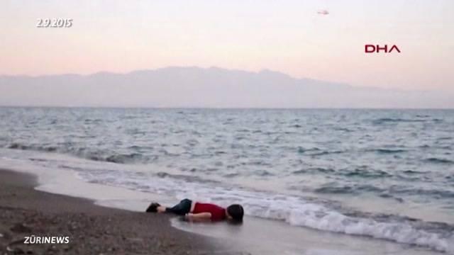 Ertrunkener Flüchtlingsjunge beerdigt