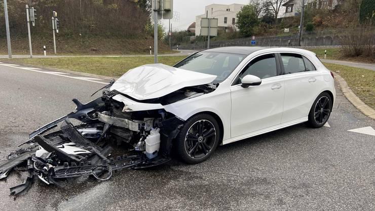Die Lenkerin des Mercedes verursachte den Unfall, weil sie ein Rotlicht missachtete.