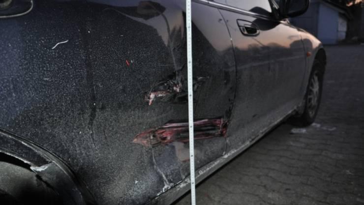 Beschädigter Wagen in Flumenthal